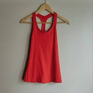 | Lululemon | cherry red tank top